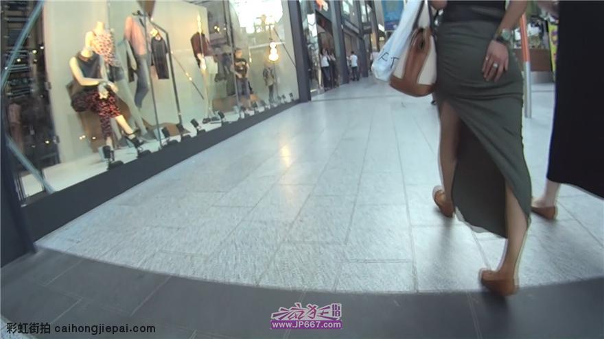 [包臀裙] 街拍紧身长裙俏臀洋妞11分钟合集-1.19GB