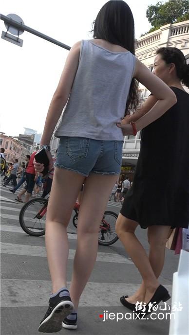 【已补档】美腿超短牛仔热裤小姐姐