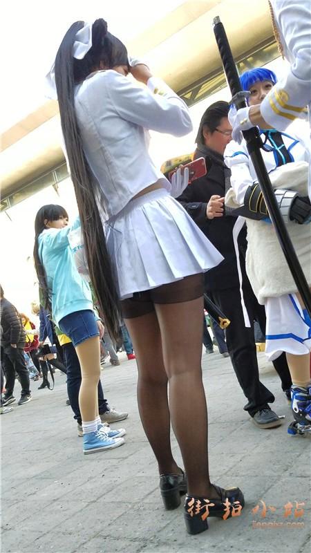 4k-玩cosplay的极品高颜值二次元美少女