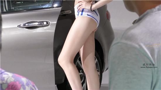 [王的女人] [4k画质]足球宝贝打扮的性感车模