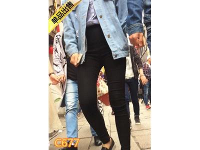 [泉眼大师] 黑色紧身裤MM逛古街[504M] 编号:C677