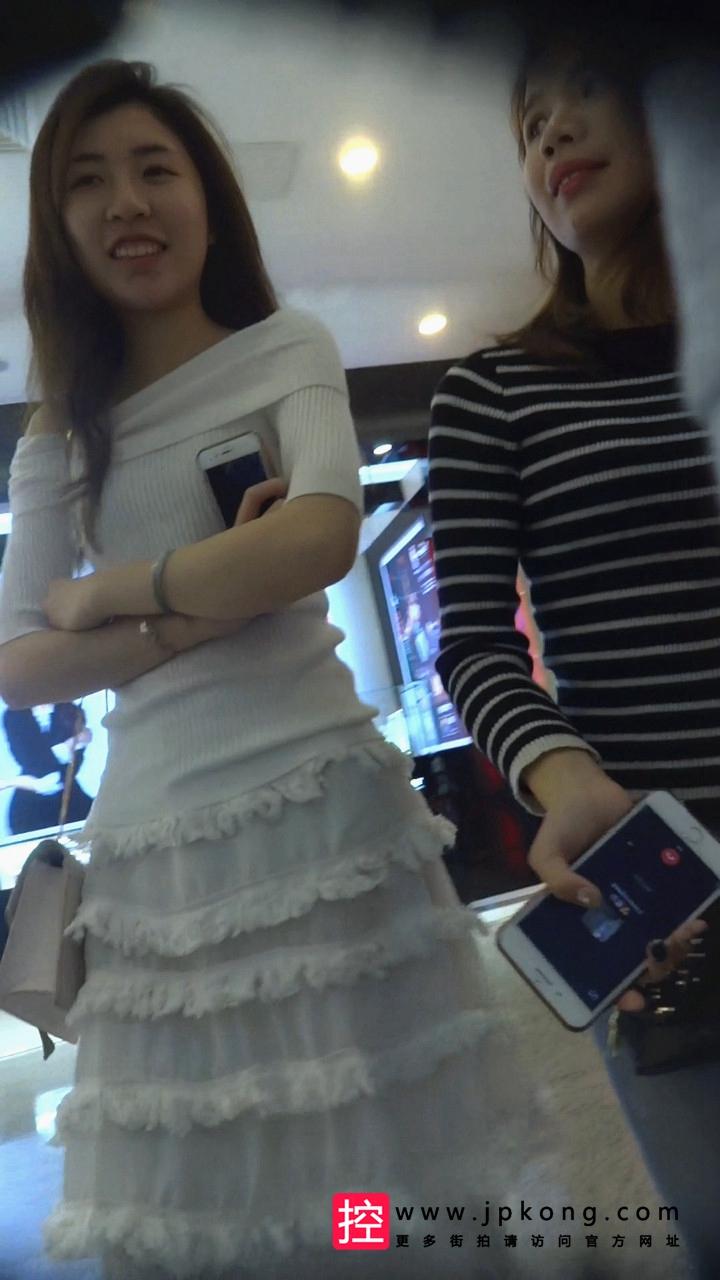 [青春的香烟] 白色长连衣裙美女QC005[1.71G]