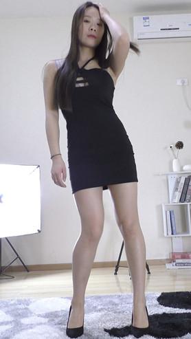 娜娜的黑色包臀裙正面作品[478M/MP4]