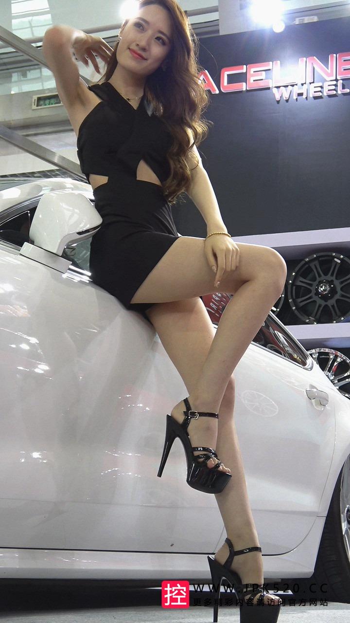 [2016CAS] 2016CAS黑色包臀短裙车模美女[808M/MP4]