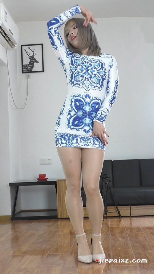 [安菲儿] 安菲儿超短裙正面慢摇竖版 [493 MB/mp4]